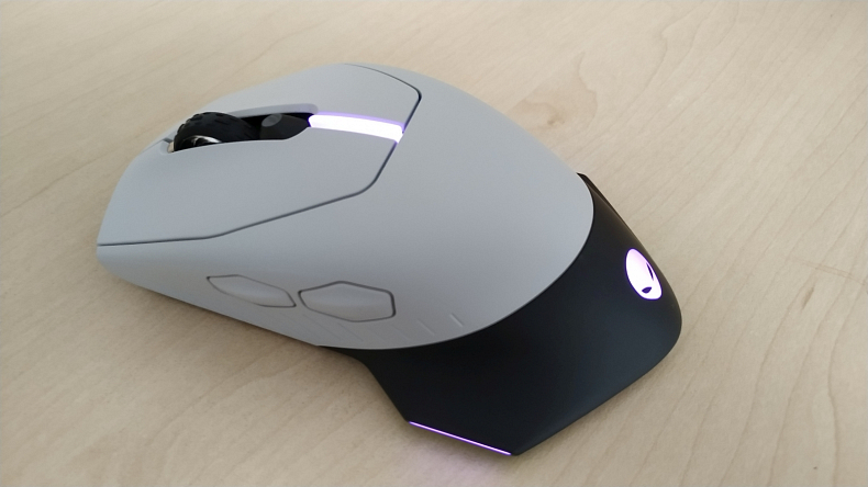 Herní myš podsvícená Alienware