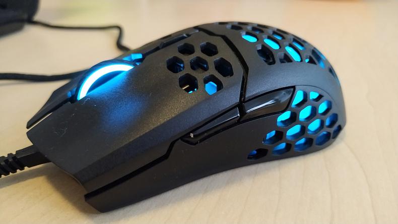 Cooler Master myš pro hráče lehká RGB