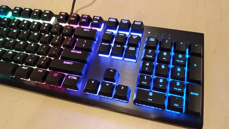 Herní klávesnice Corsair RGB