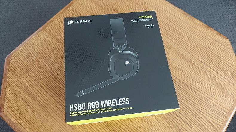 Recenze Corsair herní sluchátka HS80 RGB Wireless