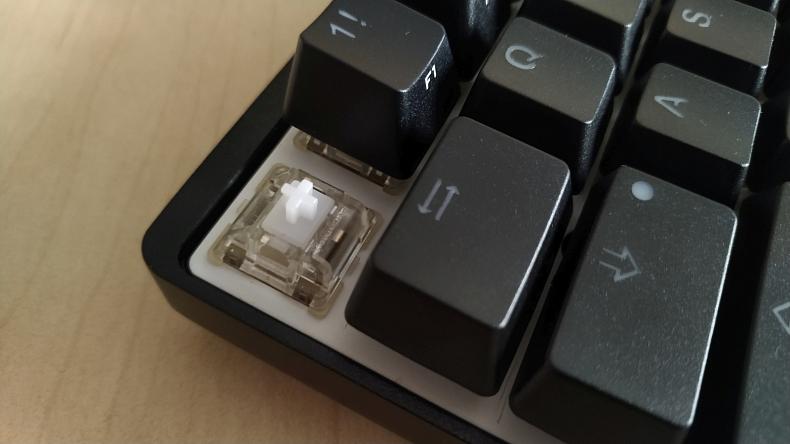 Vortex Pok3r RGB mechanická kompaktní klávesnice