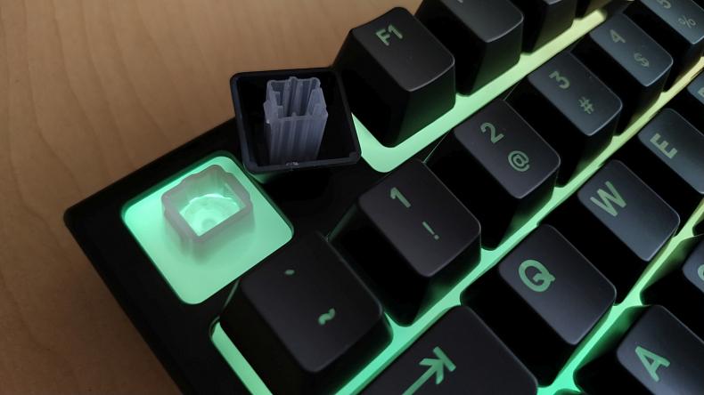 SteelSeries herní klávesnice Apex 3 pro hráče