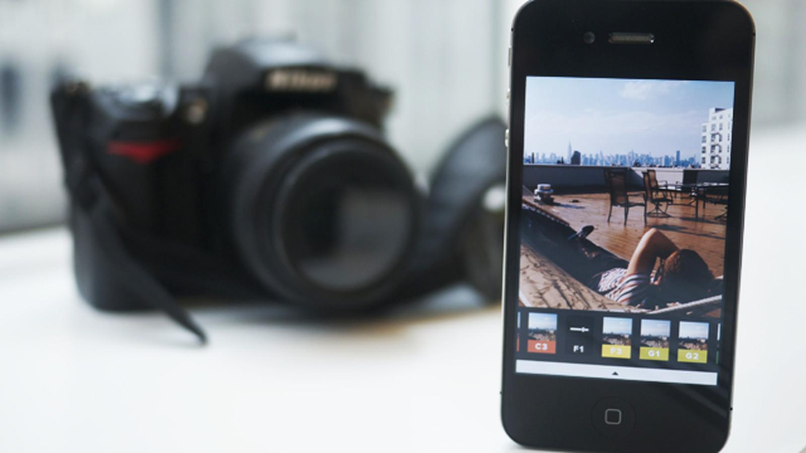 Какое приложение редактирует фотографию на пленку видны брошенные