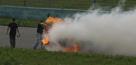 Porsche Carrera GT - Burning down