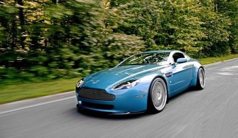 Modified Aston Martin V8 Vantage Gtspirit