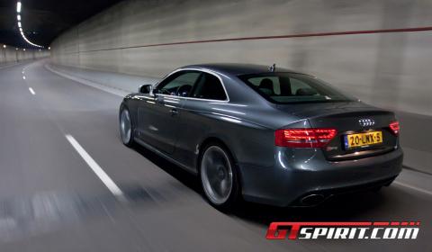 Road Test 2011 Audi RS5 01