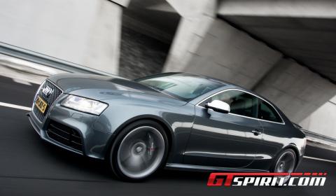Road Test 2011 Audi RS5 03