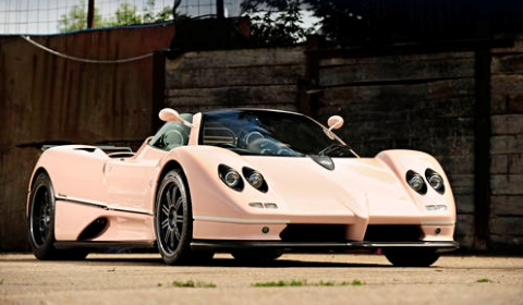 For Sale: Pink Pagani Zonda C12 7.3 Roadster for Auction at Goodwood