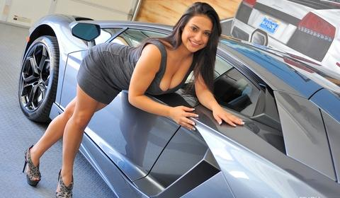 lambos-and-naked-girls-amateur-nude-free-movies