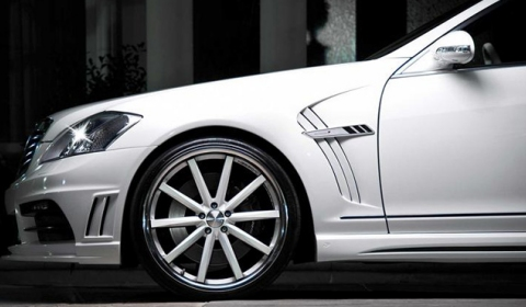 Official Mercedes-Benz S63 AMG Black Bison by Wald International 03