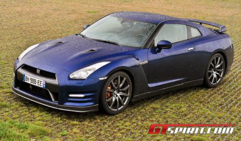 Road Test 2012 Nissan GT-R 01