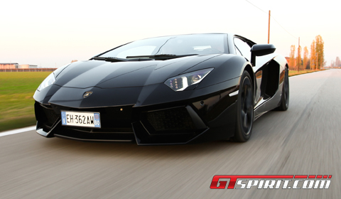 Road Test 2012 Lamborghini LP700- 4 Aventador