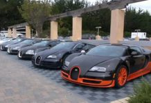 Video 22 Bugatti Veyrons in One Video Clip