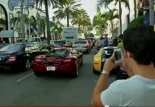 Video McLaren MP4-12C Arrives in North America