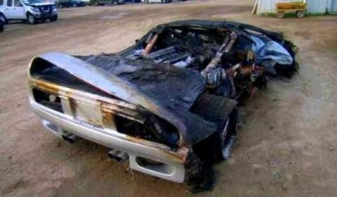 Car Crash 1996 Vector M12 Wrecked Austin Texas 01