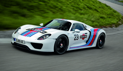 official pictures of the martini racing porsche 918 spyder prototype. Black Bedroom Furniture Sets. Home Design Ideas