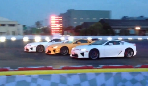 Video Lexus LFA Drift Choreography Performed in Tokyo