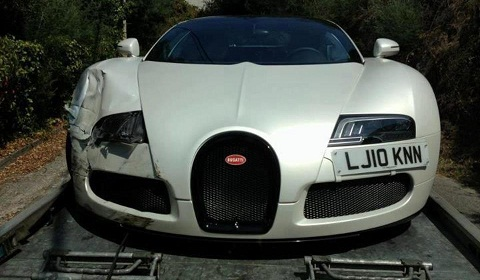 Bugatti Veyron Grand Sport Sang Blanc Accident In France