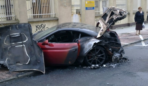 Ferrari California Burns Down in Poland