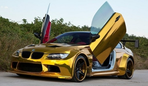 Widebody Golden BMW M3 with Lambo-style Doors