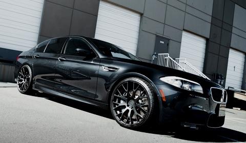 SR Auto BMW F10 M5 with PUR Wheels