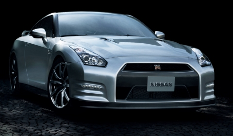 Official 2013 2014 Nissan GT-R