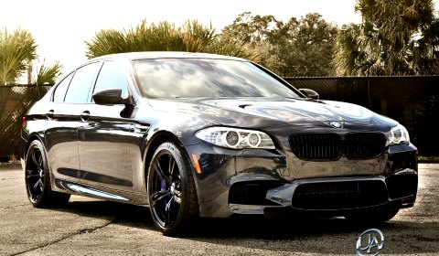 Ultimate Auto BMW M5 F10