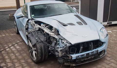 Car Crash Aston Martin V12 Wrecked in Czech Republic