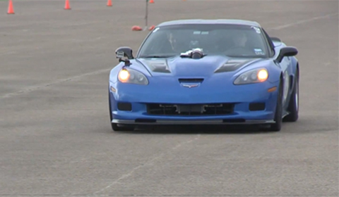 Video: 2000hp Chevrolet Corvette C6 vs GT-R