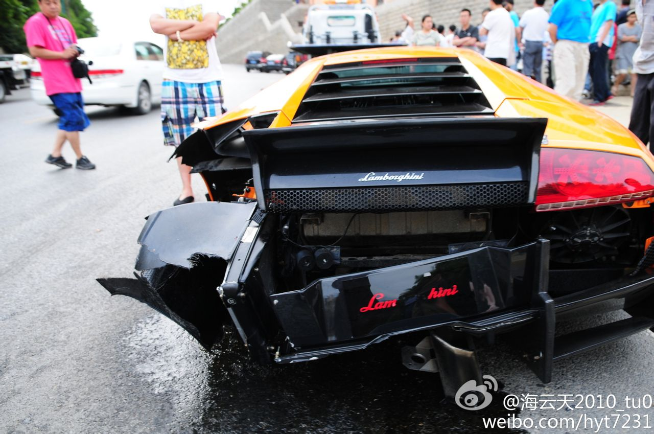 Car Crash Lamborghini Murcielago With Sv Bodykit Wrecked In China