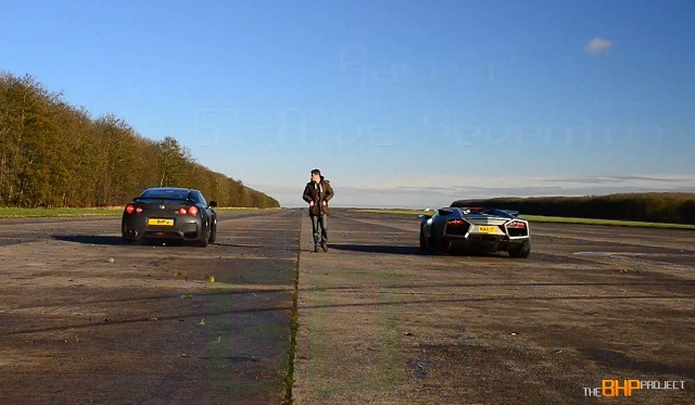 Video Lamborghini Renventon Roadster Vs Ducati Vs Nissan Gt R