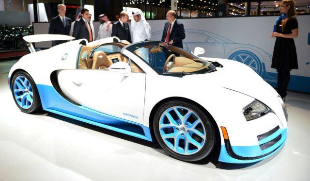 qatar 2013 bugatti veyron grand sport vitesse gtspirit. Black Bedroom Furniture Sets. Home Design Ideas
