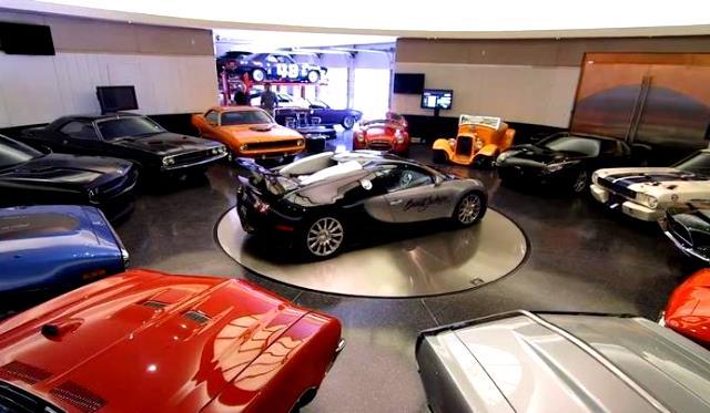 Video tour barrett jackson founders million dollar garage for Carport auto auction