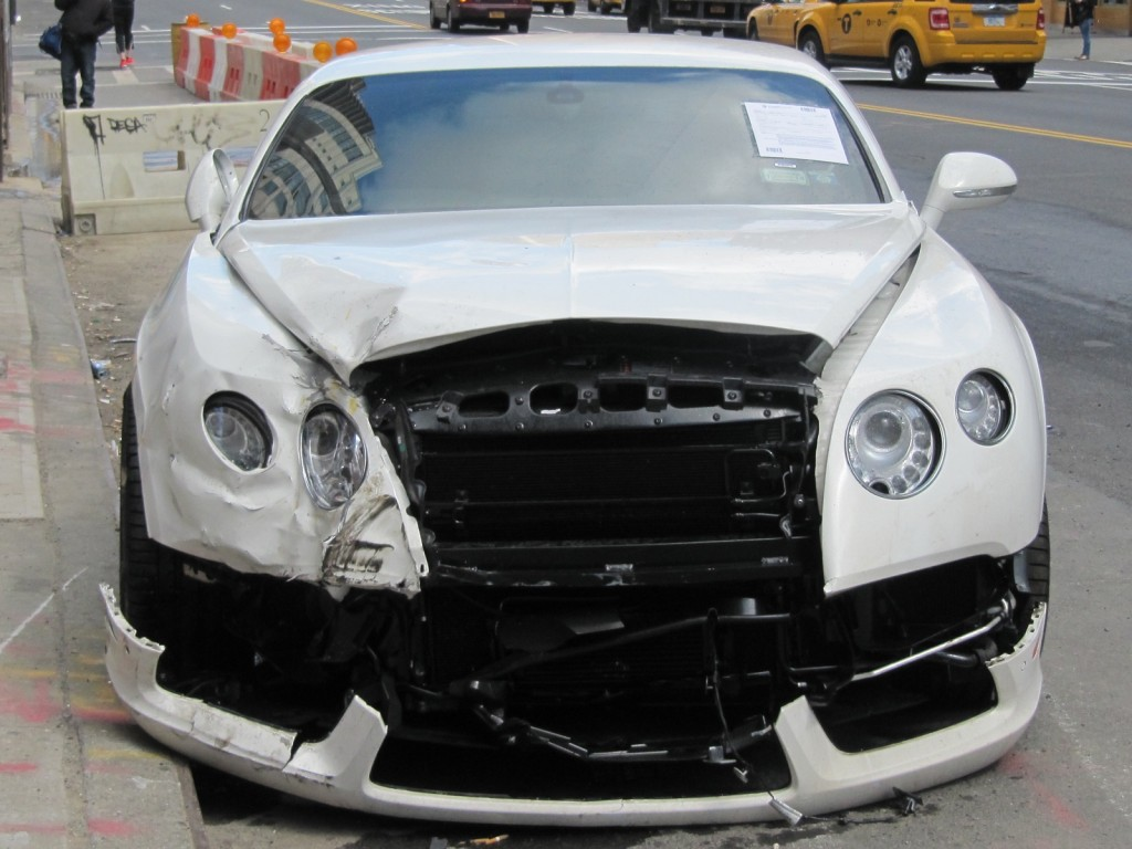 Car Crash Bentley Continental Gt Involved In Hit And Run In New York City Gtspirit