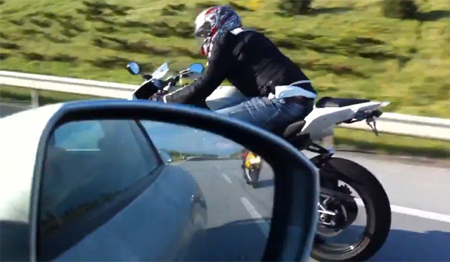 Video: Nissan GT-R Races BMW S1000RR and Yamaha R1