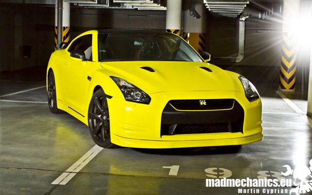 Gallery Matte Yellow Nissan Gt R Photoshoot Gtspirit