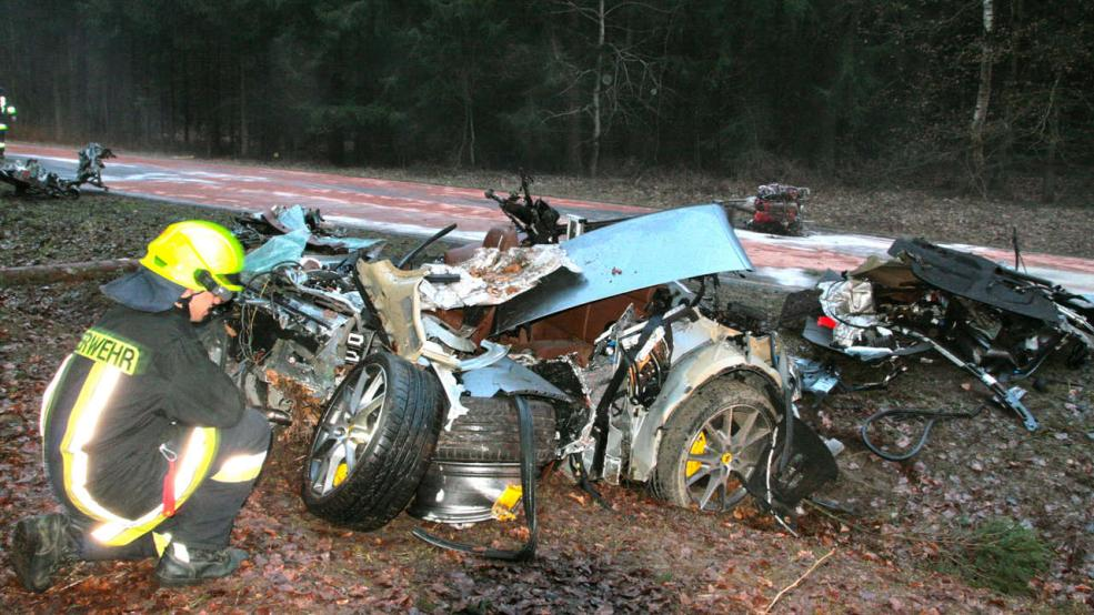 Car Crash: Driver Survives Brutal Ferrari California Wreck