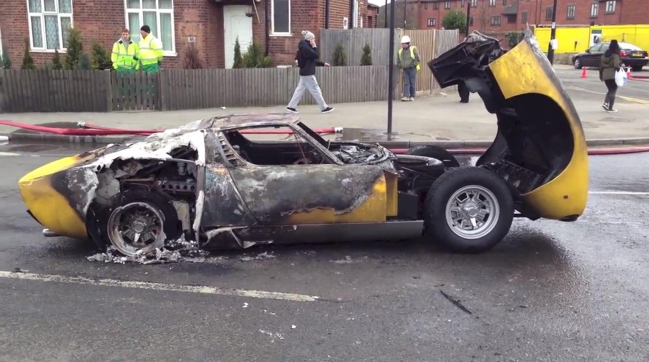 Video Lamborghini Miura Sv Burns To The Ground In Central London