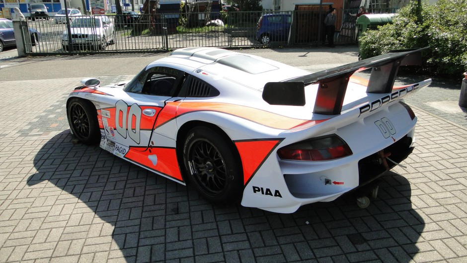 for sale two 1996 porsche 911 993 gt1 racers in germany gtspirit. Black Bedroom Furniture Sets. Home Design Ideas