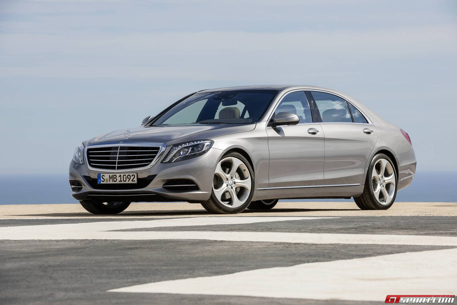 Official 2014 mercedes benz s class gtspirit for Mercedes benz 2014
