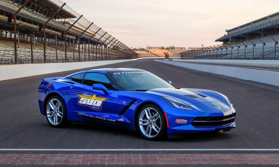 Video: 2014 Chevrolet Corvette Stingray Pace car at Detroit Grand Prix