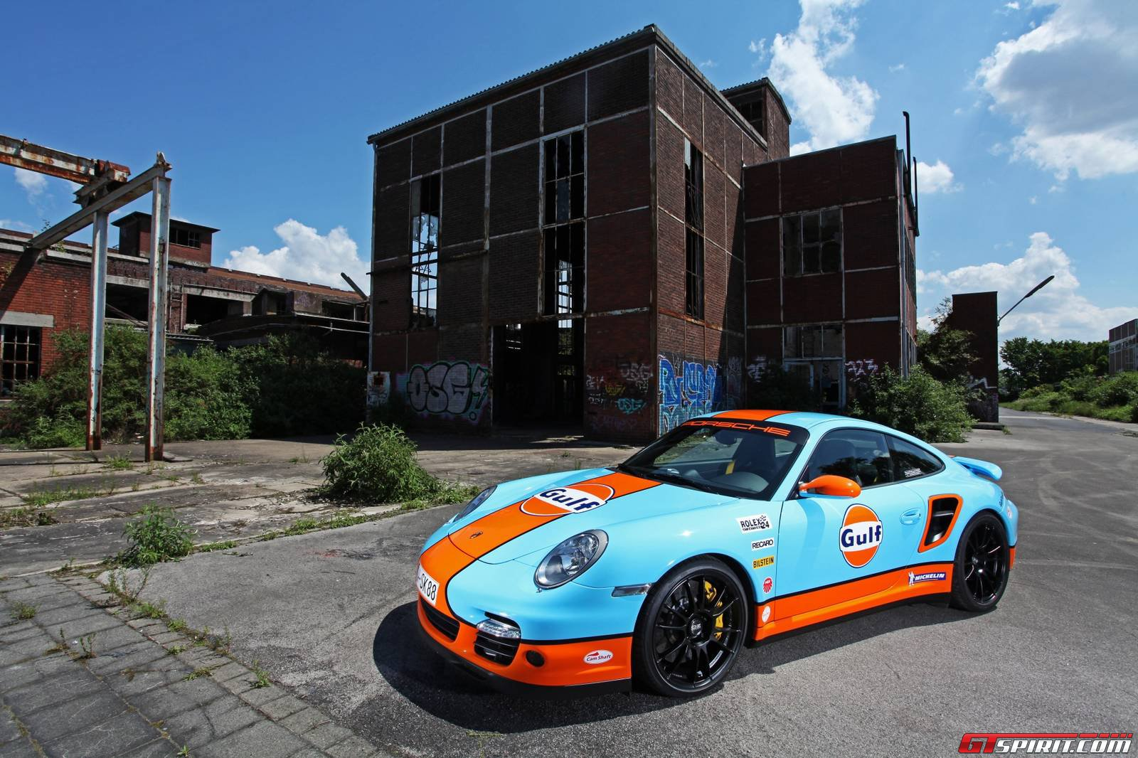Porsche 911 Turbo Wrapped In Gulf Livery