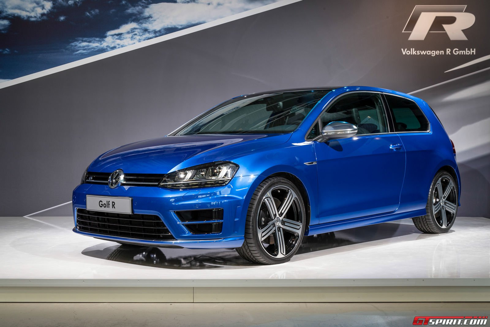 2015 volkswagen golf r official unveil gallery gtspirit. Black Bedroom Furniture Sets. Home Design Ideas