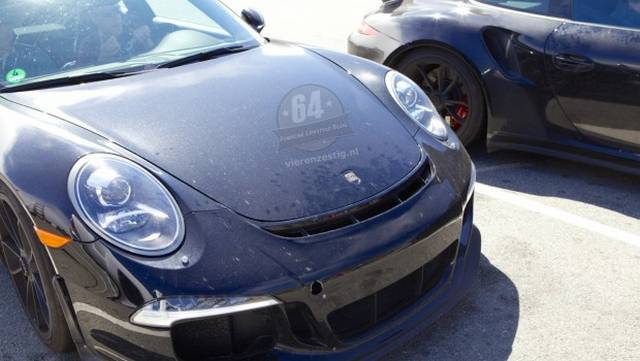 spyshots 2014 porsche 911 gt2 and gt3 rs spotted in san francisco gtspirit. Black Bedroom Furniture Sets. Home Design Ideas