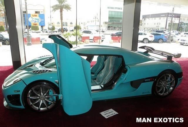 For Sale: Turquoise Koenigsegg CCXR 'Special One' - GTspirit