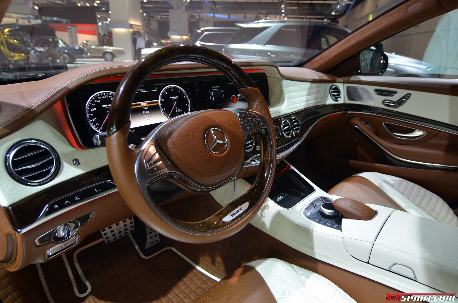 Brabus 850 Biturbo Ibusiness S Cl Interior