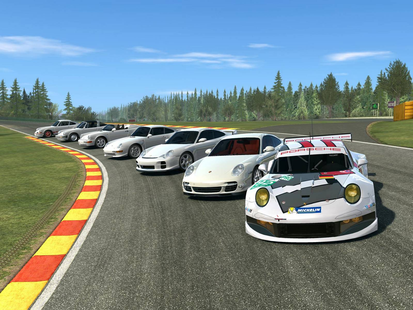 Seven Generations of the Porsche 911 Added to EA's Real Racing 3 - GTspirit