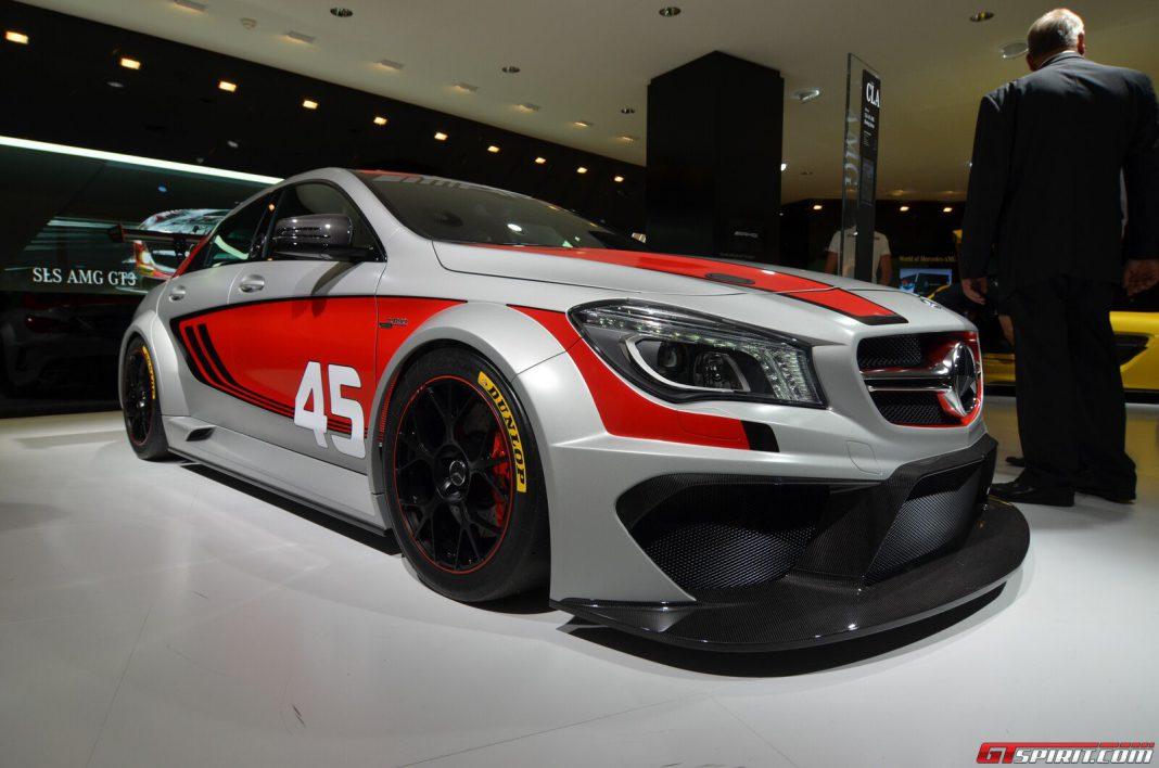Frankfurt 2013 mercedes benz cla 45 amg racing series for 2013 cla mercedes benz