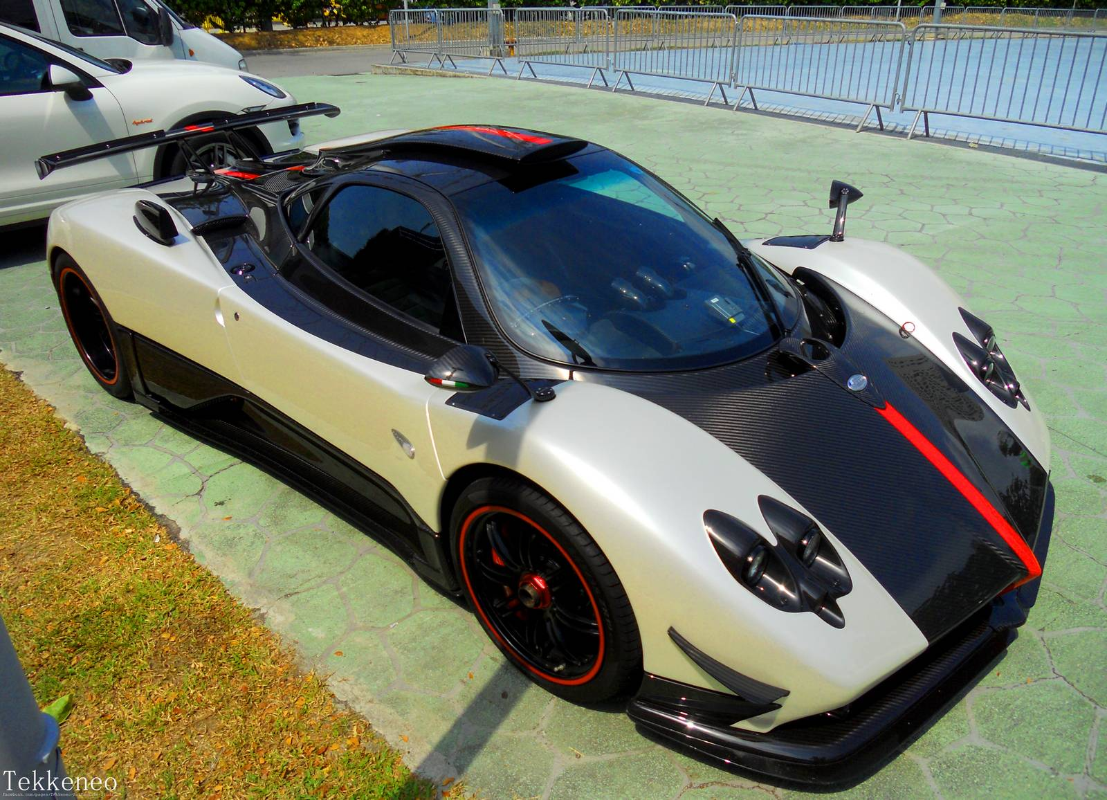 photo of the day pagani zonda cinque 2 5 at singapore f1 week gtspirit. Black Bedroom Furniture Sets. Home Design Ideas