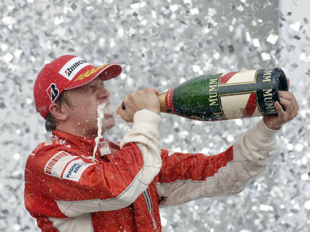 Kimi Raikkonen re-signs with Ferrari